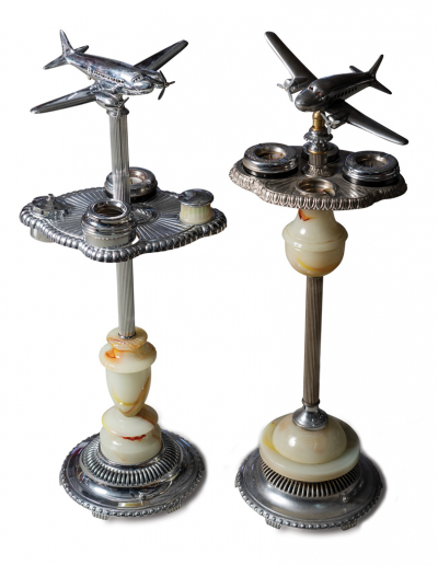Collectable Airplane lamp floor stand with ashtrays
